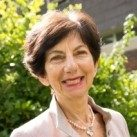 Portrait of Dr Ilona Roth